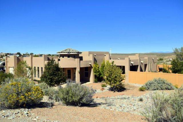 301 Doe Court NE, Rio Rancho, NM 87124