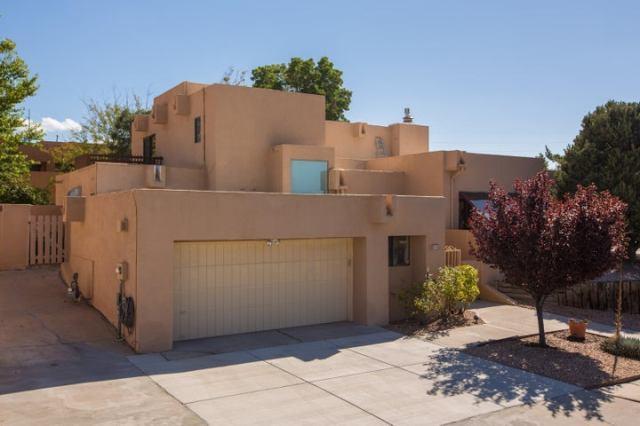 2000 Monte Largo Drive NE, Albuquerque, NM 87112