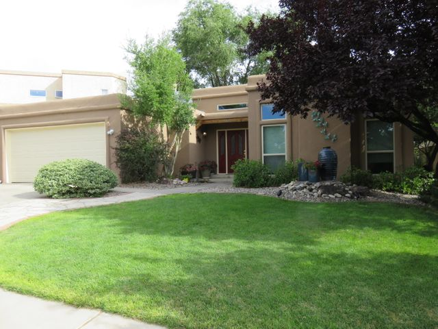 9308 Mabry Lane NE, Albuquerque, NM 87109