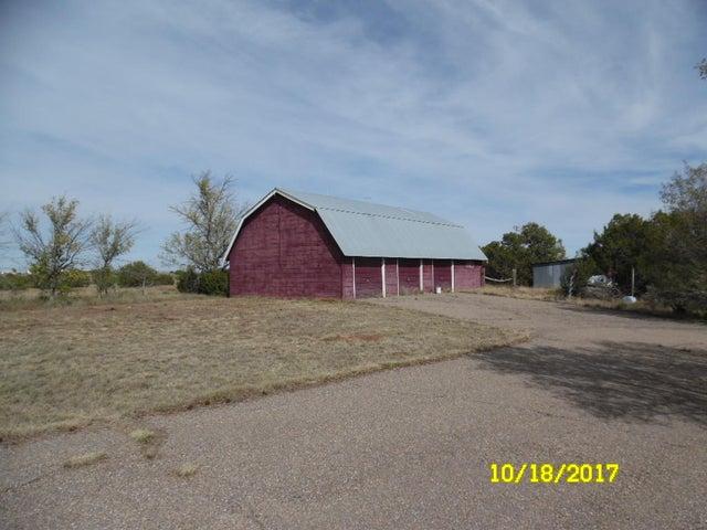 48 V Hill Road, Edgewood, NM 87015