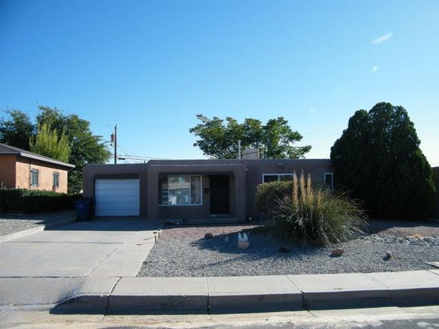 10020 Los Arboles Avenue NE, Albuquerque, NM 87112