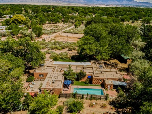 10 Coyote Trail, Corrales, NM 87048