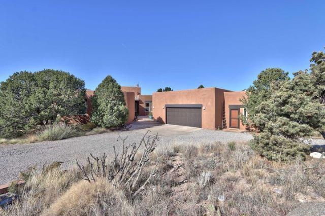 1129 Marigold Drive NE, Albuquerque, NM 87122