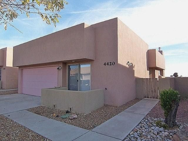 4420 Desert Lily Court SE, Rio Rancho, NM 87124
