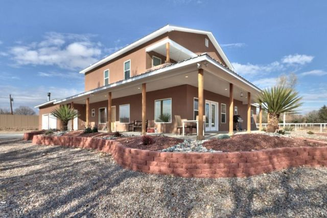 2560 Green Drive, Bosque Farms, NM 87068