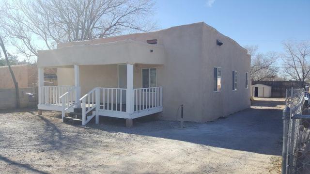 421 Mesilla Street SE, Albuquerque, NM 87108