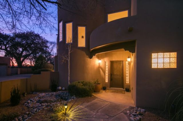 1654 Rancho Guadalupe Trail NW, Albuquerque, NM 87107