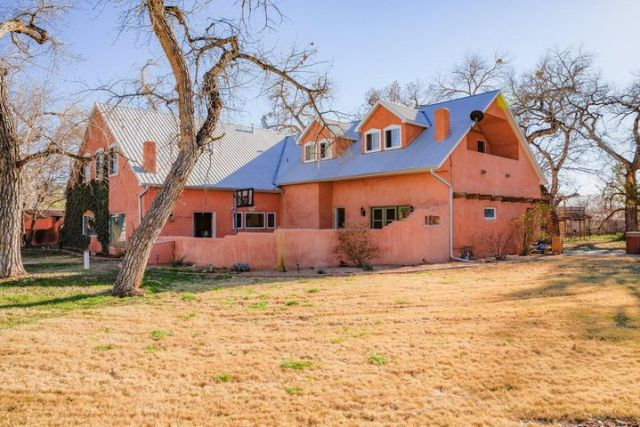 750 Dixon Road, Corrales, NM 87048