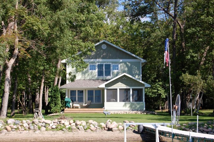 11760 RAVENSWOOD BEACH Rd., Detroit Lakes, MN 56501