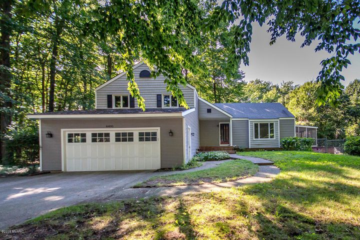 6491 Spruce Lane, Holland, MI 49423