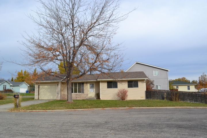 685 Cindy Circle, Sheridan, WY 82801