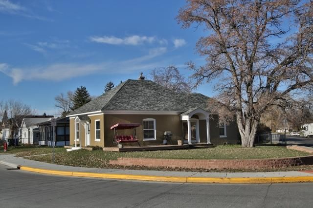 379 Wyoming Avenue, Sheridan, WY 82801