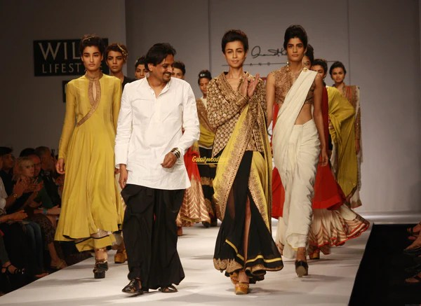 21 Top Indian Fashion Designers You Should Know | Best ...