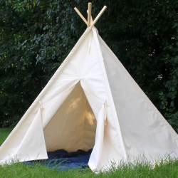 Relaxing Kids Canvas Teepee Can Include A Two Sizes Teepee Canvas Play Teepee Kids Clearance Amazon Teepee Kids