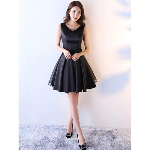 Medium Crop Of Black Homecoming Dresses