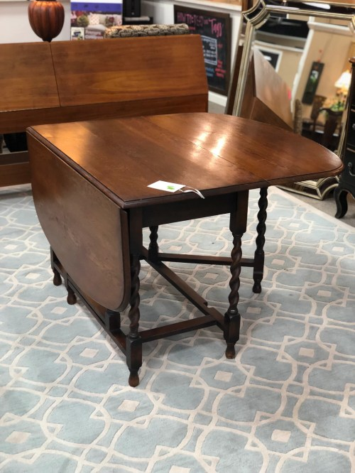 Medium Of Antique Drop Leaf Table