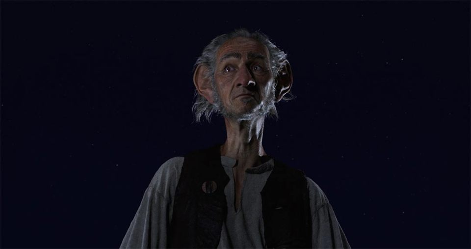 The BFG Feature Trailer Screencap