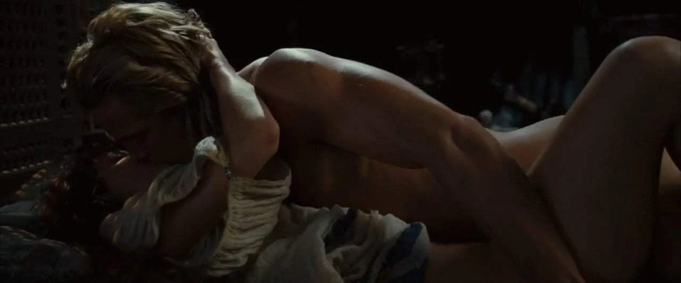 Troy (2004) - Nude Scene - Achilles Beds Briseis Screen Capture