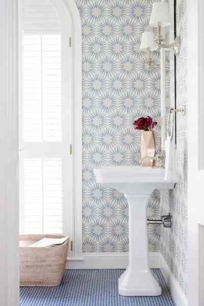 Lust Worthy Statement Bathroom Wallpapers