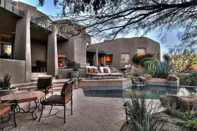 Arizona Desert Home Combines Waterscaping, Xeriscaping and ...