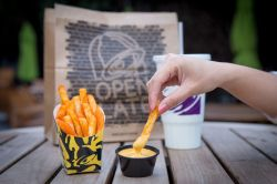 Eye Taco Bell Is Finally Adding Fries To Its Menu Taco Bell Is Finally Adding Fries To Its Menu Eater Nacho Fries Box Carbs Nacho Fries Box Commercial