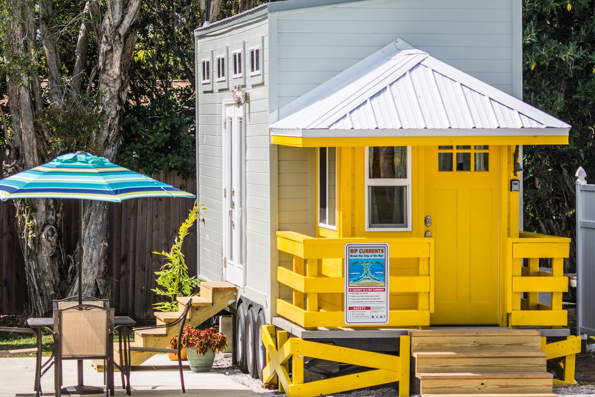 Mesmerizing Florida At Tinyhouse All Photos Courtesy Tiny House Siesta Tiny House Gets This Lifeguard Stand Tiny House Is Available A Lifeguard Stand Curbed Rent curbed Tiny Homes For Sale In Florida