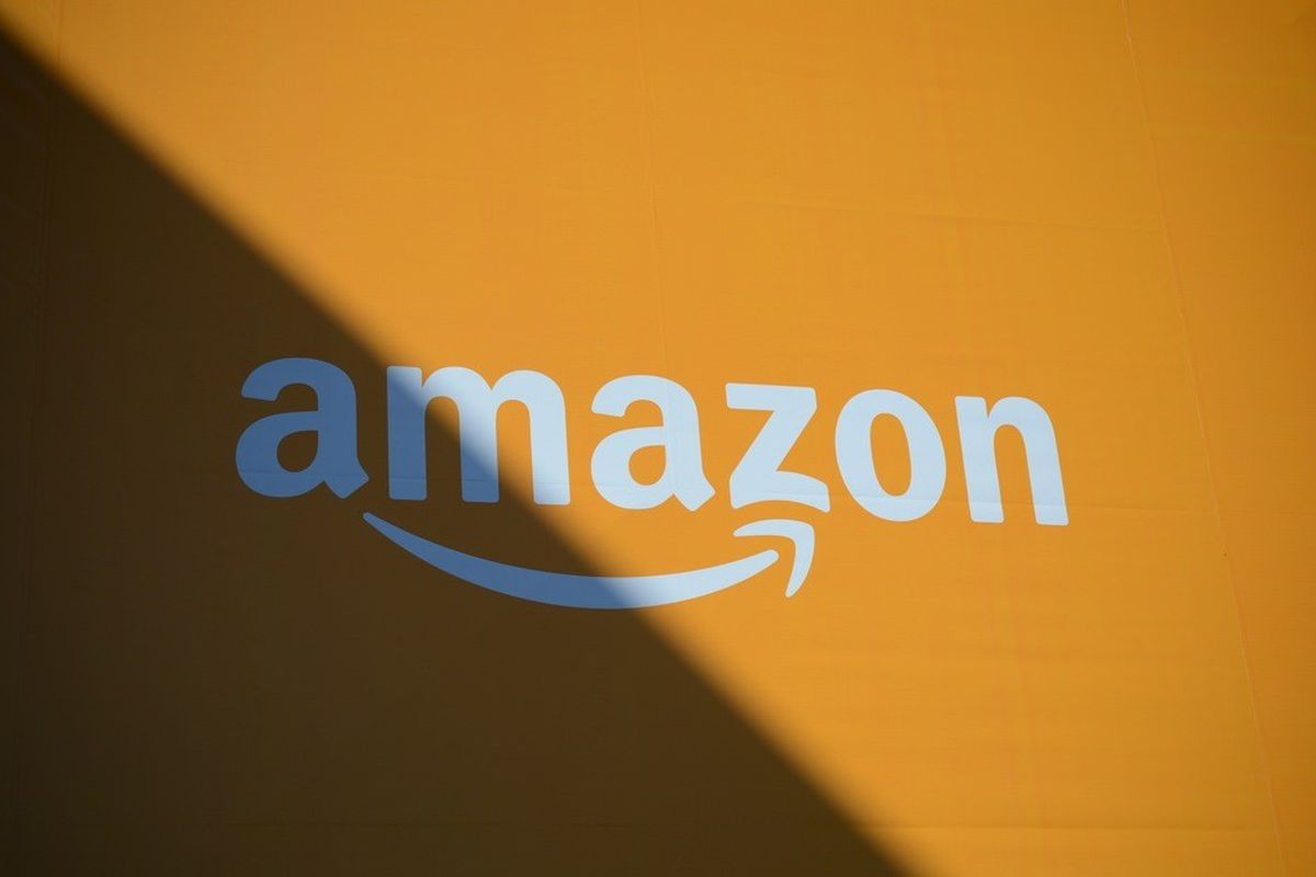 With Toys R Us gone  Amazon wants to send out a holiday toy catalog     Amazon logo for liveblog