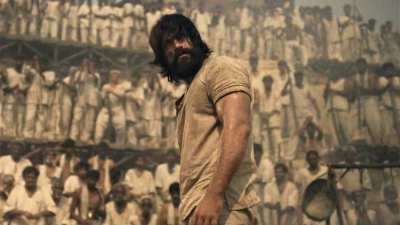 KGF box office collection day 4: Yash starrer inches towards Rs 100 crore! Check earnings in ...
