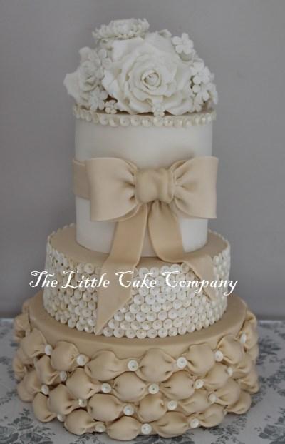 Dummy Wedding Cake - CakeCentral.com