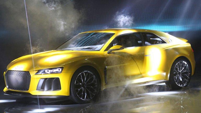 La marca alemana también presentó el Audi Quattro Conept:acelera de 0 a 100 km/h en 3,7 segundos y puede correr a 305 km/h