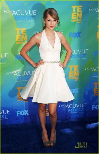 Taylor Swift - Teen Choice Awards 2011 Red Carpet: Photo 2567881 | 2011 Teen Choice Awards ...