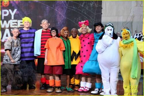 Medium Of Charlie Brown Halloween Costume