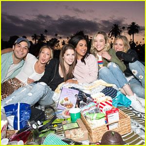 Anna Kendrick's Boyfriend Ben Richardson Visits Her on 'Noelle' Set on Thanksgiving   Anna ...