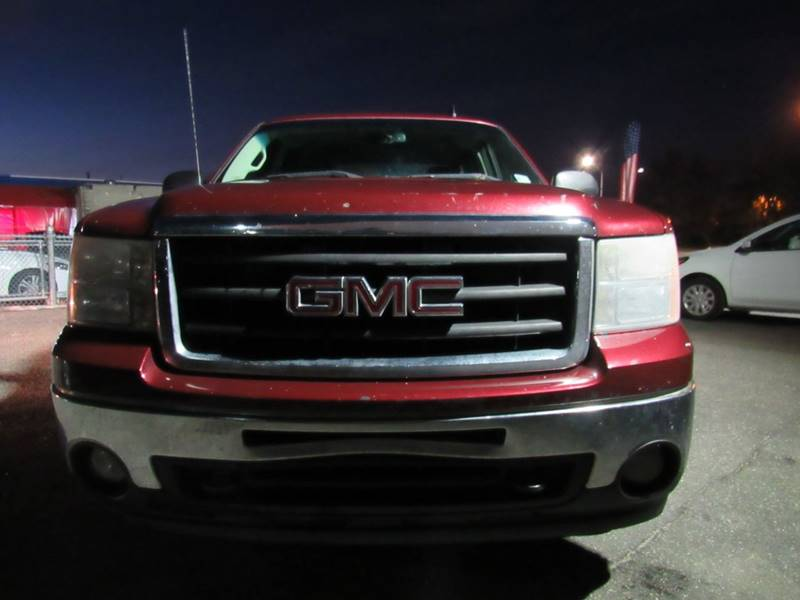 Gmc Used Cars For Sale Rockville Centre CarNation AUTOBUYERS Inc  2008 GMC Sierra 1500