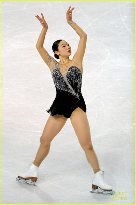 ashley wagner gracie gold first second ladies nationals 14