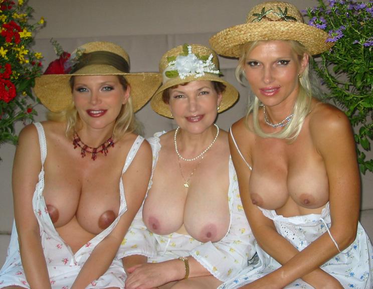 Fkk family nudist camps