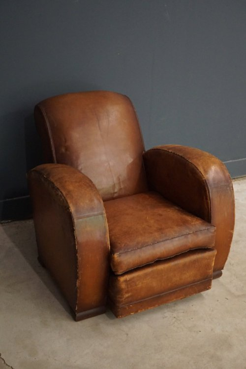 Medium Of Leather Club Chairs
