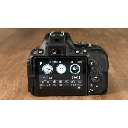Medium Crop Of Nikon D3400 Vs D5600