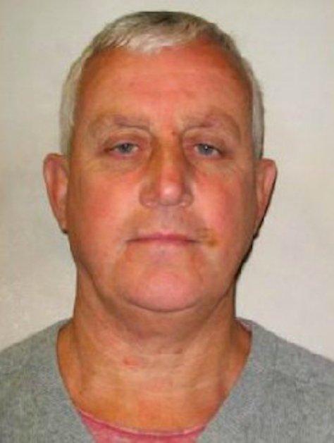 Danny Jones, de 58, se preparó para el robo leyendo el libro Medicina forense para dummies / Metropolitan Police