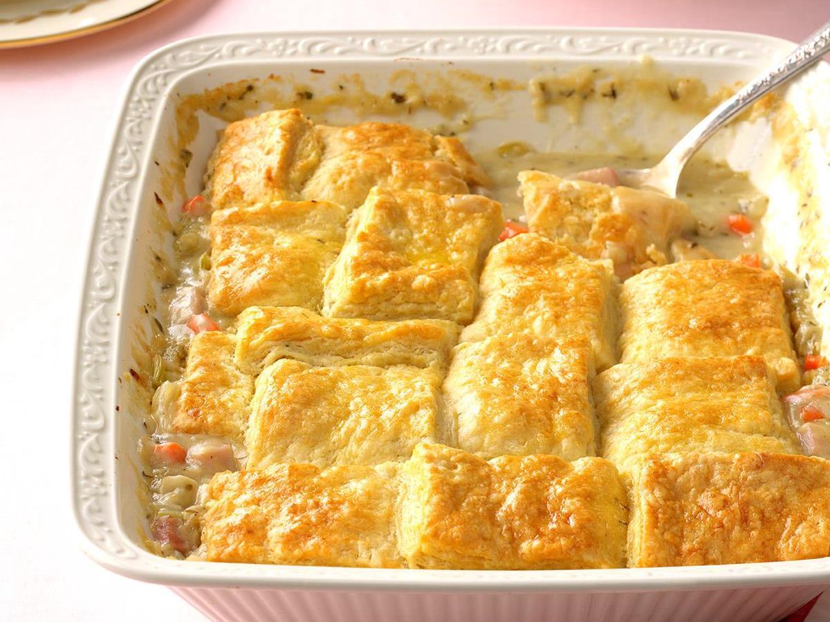 Fabulous Buttermilk Biscuit Ham Pot Pie Exps Tham17 201243 B11 17 6b Ham Pot Pie Bisquick Ham Pot Pie Calories nice food Ham Pot Pie