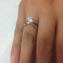 Precious Baguettes Round Cut Diamond Solitaire Engagement Ring G Round Cut Diamond Solitaire Engagement Ring G Round Cut Engagement Rings Cheap Round Cut Engagement Rings