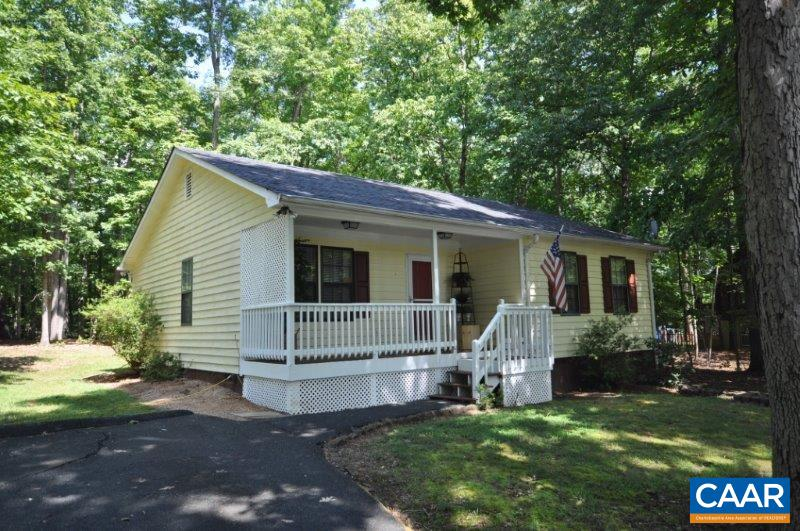 Property for sale at 30 MAPLEVALE DR, Palmyra,  VA 22963