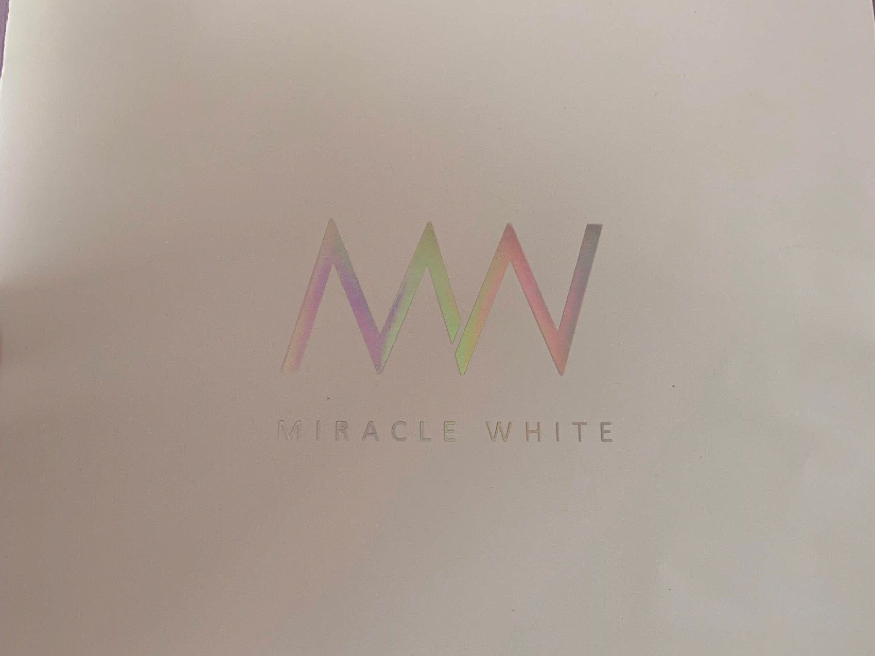MIRACLE WHITE(ミラクルホワイト)