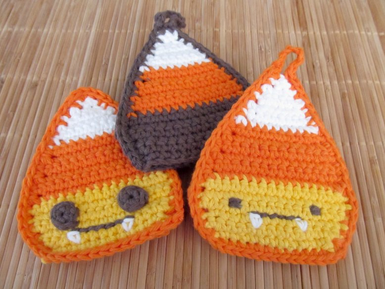 Free Pattern: Candy Corn Tawashi