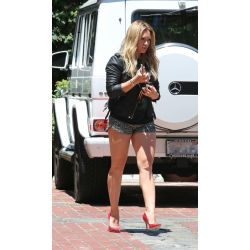 Small Crop Of Hilary Duff Legs