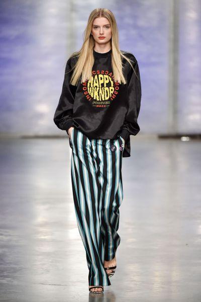 Lily Donaldson - Topshop Unique Show at London Fashion ...