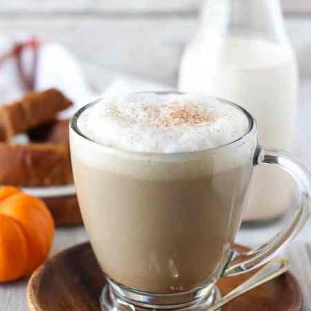 All-Natural Pumpkin Spice Coffee Creamer - A recipe for homemade pumpkin spice coffee creamer made with all-natural ingredients and no refined sugar. Filled with pumpkin, spices, vanilla and maple syrup. Ready in 5 minutes!