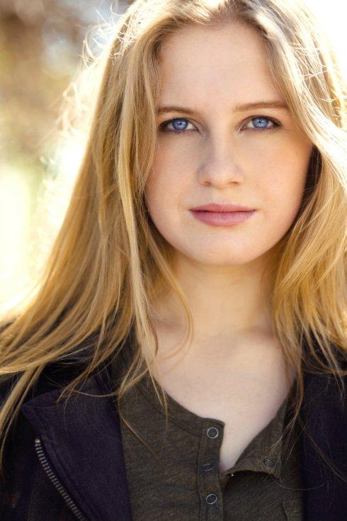 Caitlin Ashley Thompson to star in 'Scab Girl Asylum'