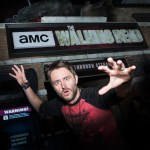 "Watch ""Talking Dead's"" Chris Hardwick Try to Survive ""The Walking Dead"" Attraction at Halloween Horror Nights"