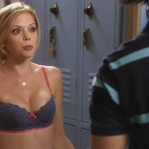 Dreama Walker in Don't Trust the B---- in Apartment 23
